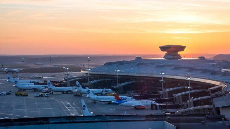 «А виновны в этом…»: В российском аэропорту столкнулись два пассажирских самолета