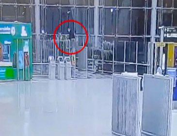 «Упал с 4 этажа в аэропорту»: Российский турист трагически погиб на отдыхе в Таиланде